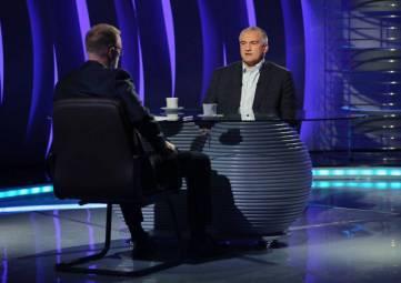 Аксёнов рассказал, на чьи деньги «брали» крымских чиновников-взяточников