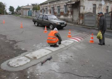 По Феодосии установят бетонные покрытия