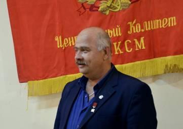 Открылась выставка «100 лет ВЛКСМ»