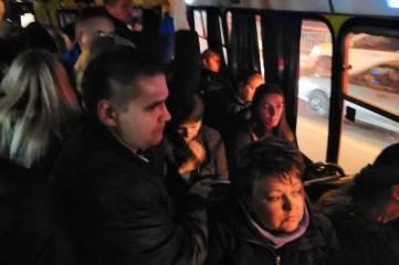 В Симферополе автоперевозчики снижают количество маршруток в вечернее время, - депутат
