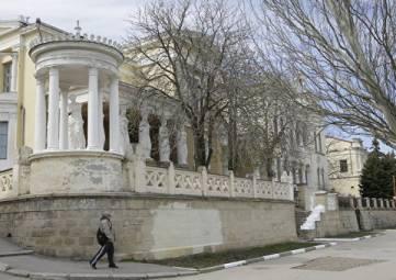 Крымское наследие империи: судьба старинных усадеб богачей