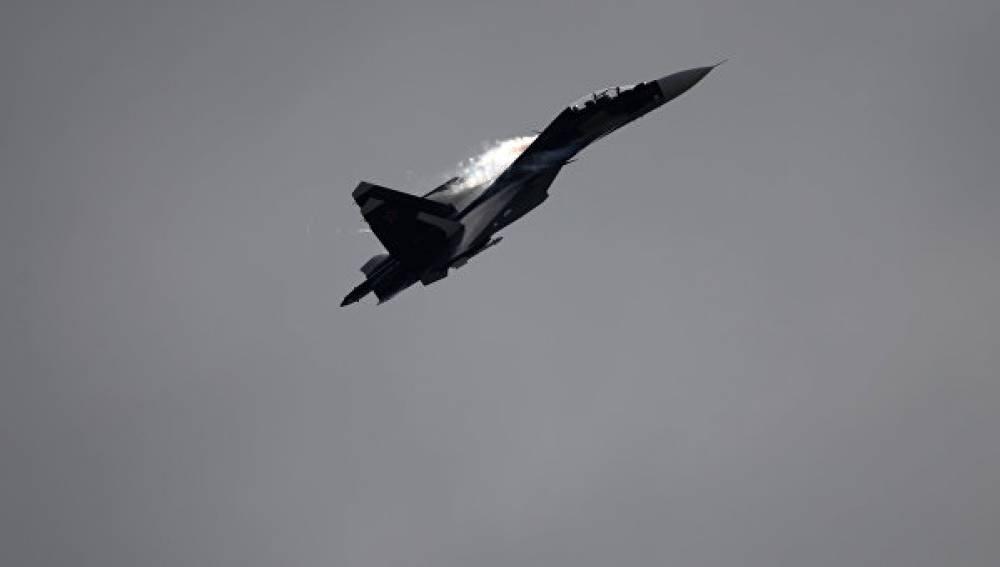 Российские штурмовики Су-25 патрулируют небо над Керченским проливом