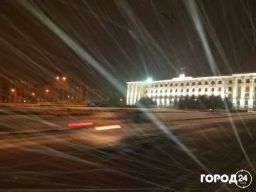 Снег в Симферополе