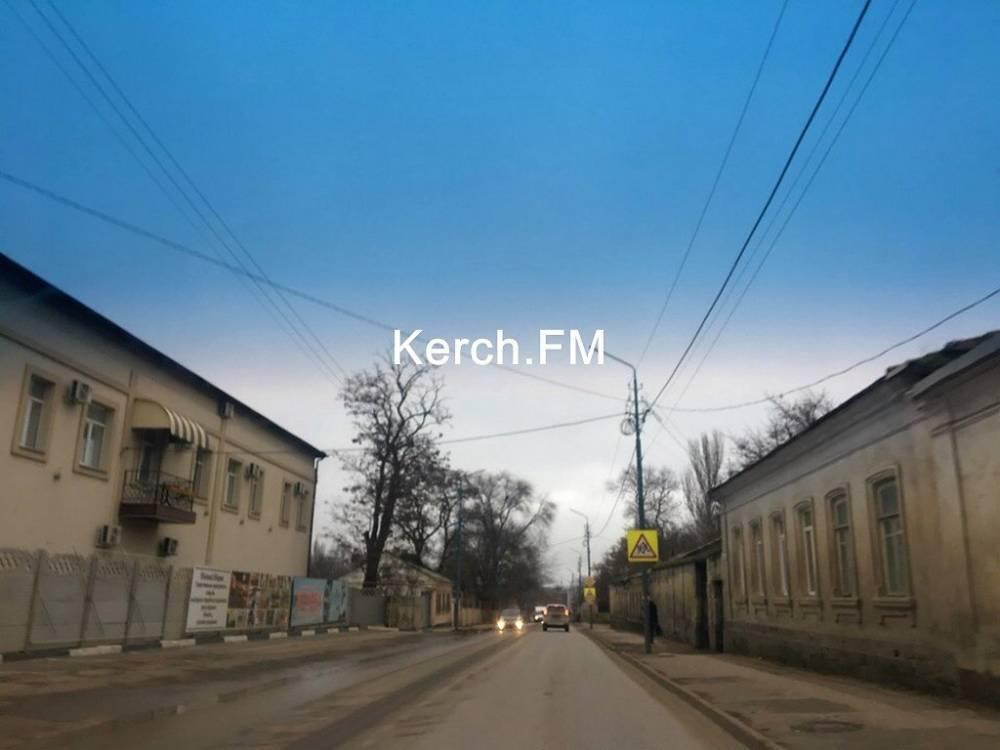 В Керчи на Чкалова произошел прорыв водовода