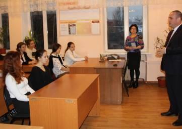 В.Титаренко посетил феодосийскую школу № 1