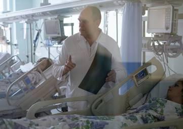 После стрельбы керченском политехе в больницах остаются 15 человек