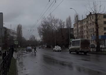 В Керчи сотрудники Госавтоинспекции провели рейды вблизи пешеходных переходов