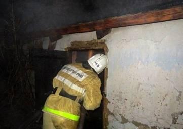 Вчера в Багерово горел заброшенный дом