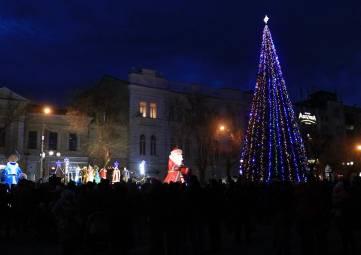 Открытие городской елки в Феодосии (видео)