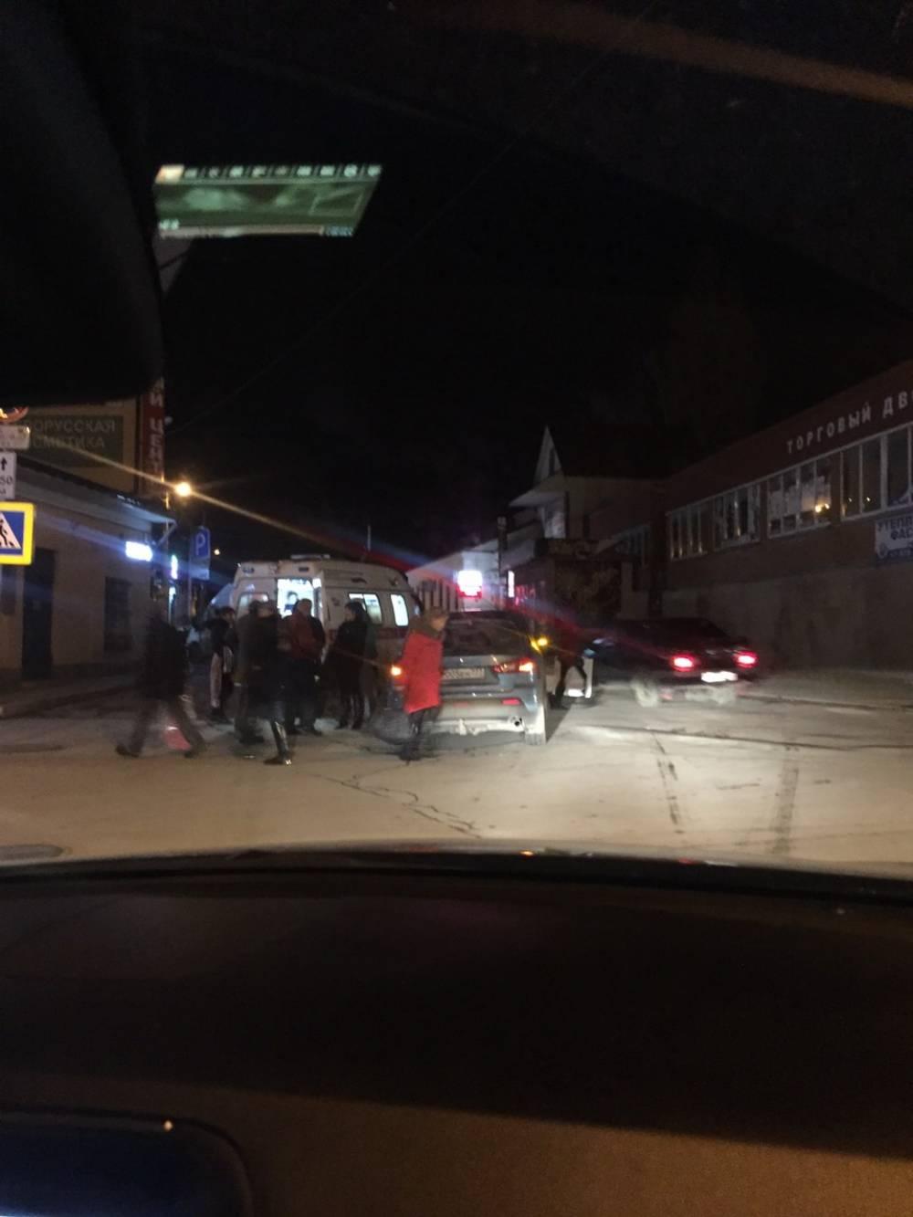 Сбили на пешеходном