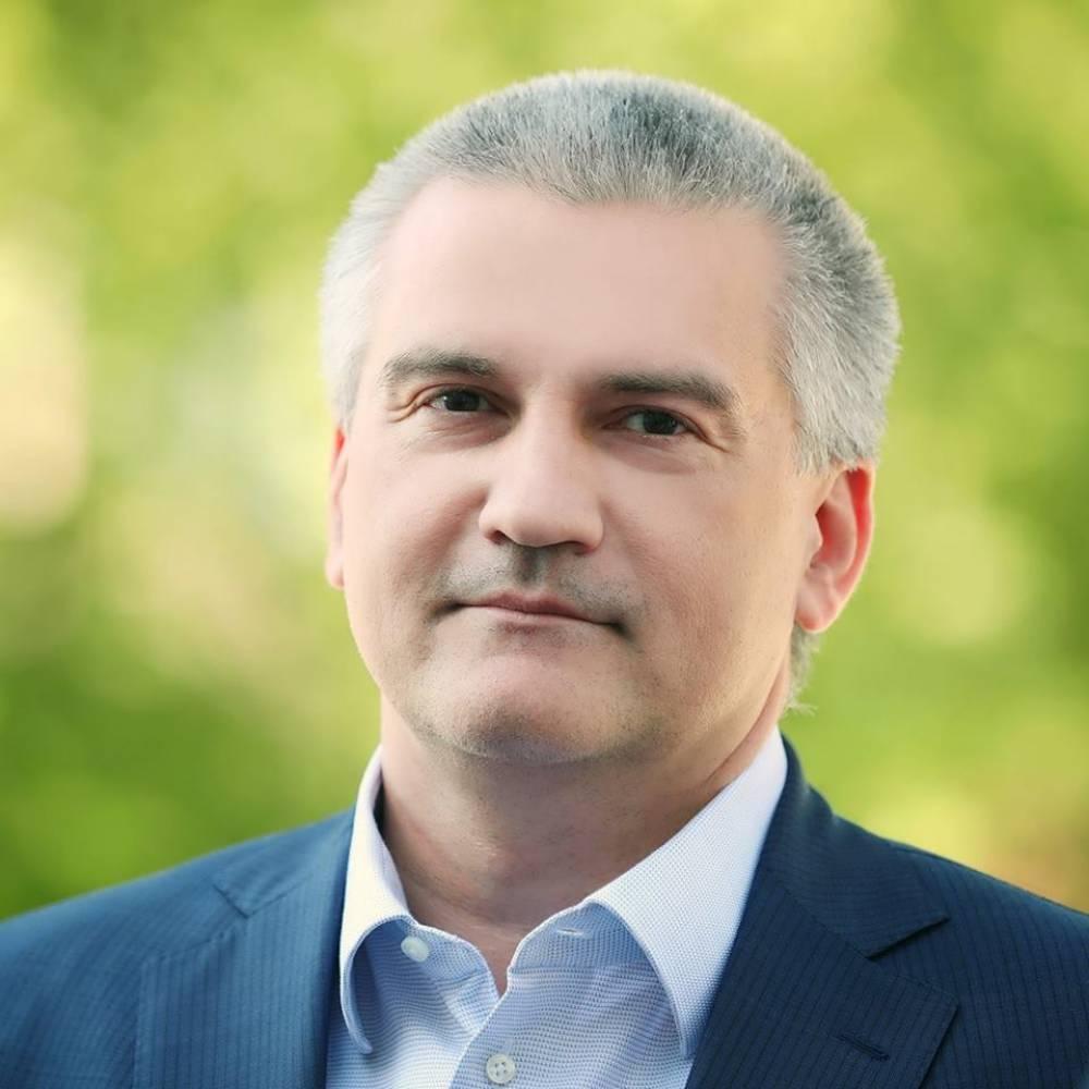 Аксенов приедет в Феодосию после нового года