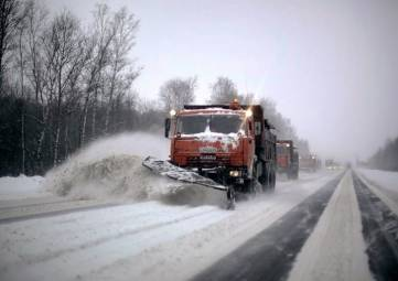 Огромные пробки из-за снега