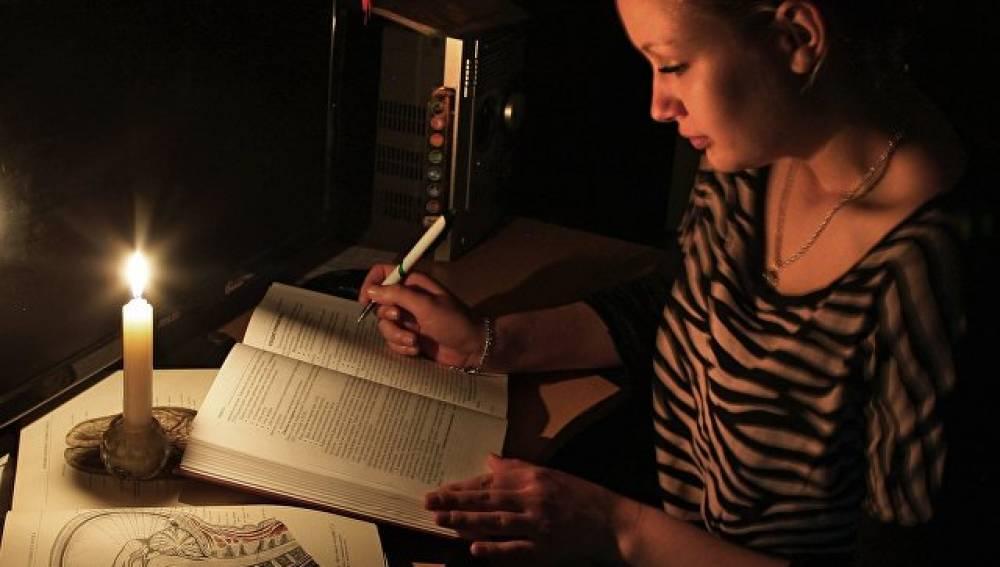 Темная ночь: в Керчи отключат свет на 66 улицах