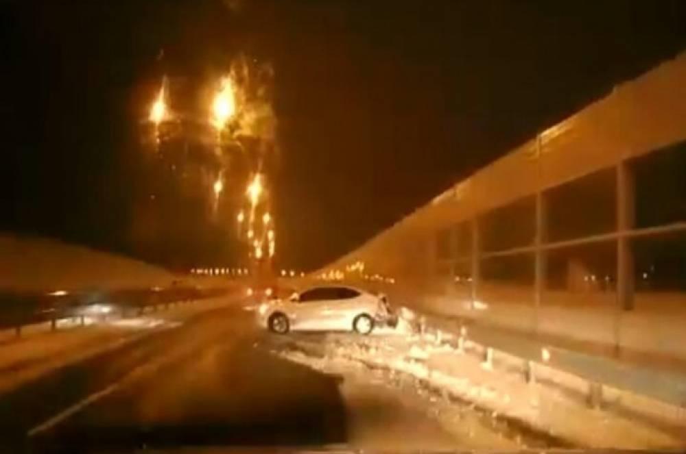 Около Керченского моста легковушка  влетела в  «отбойник»