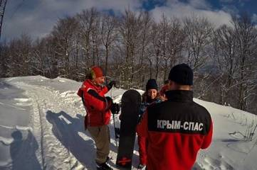 Крымские спасатели продолжают патрулировать плато Ай-Петри и Ангарский перевал, - ФОТО