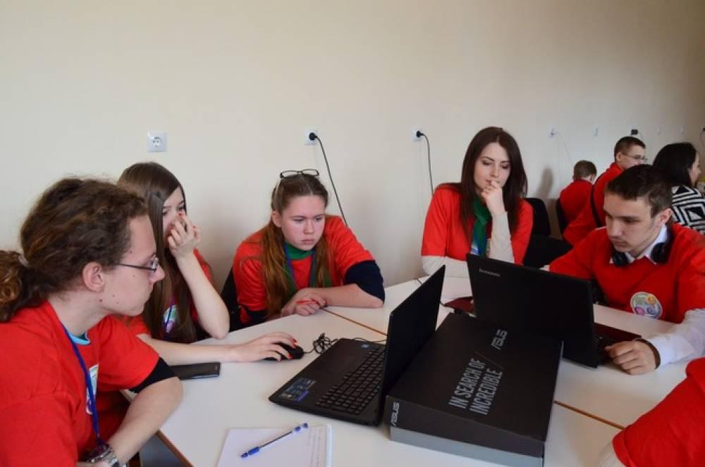 На Крымском форуме талантливых и одаренных детей победили молодые феодосийцы