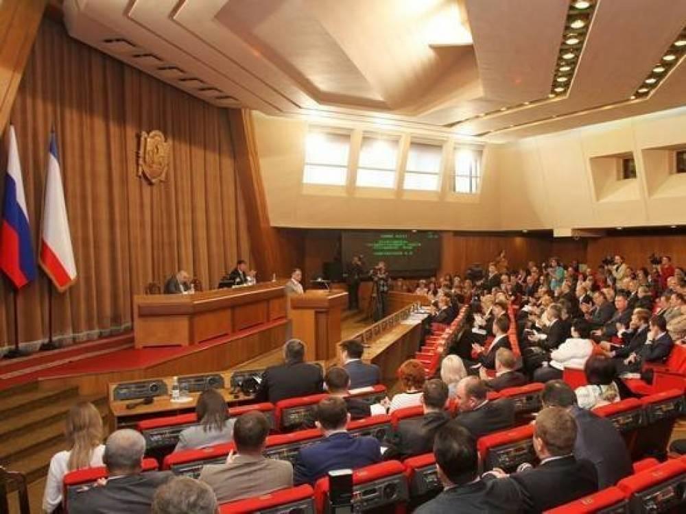 Президент включил С. Аксенова в состав Госсовета России