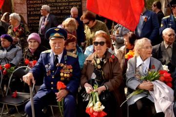 Митинг в честь 72-ой годовщине освобождения Феодосии