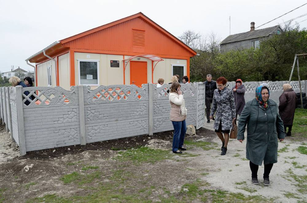 В Феодосии открыли первый современный модульный ФАП