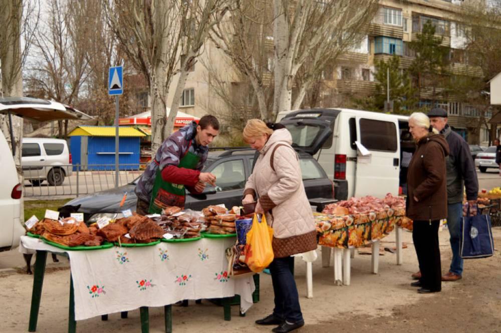 В работе феодосийской сельхозярмарки приняли участие 22 товаропроизводителя