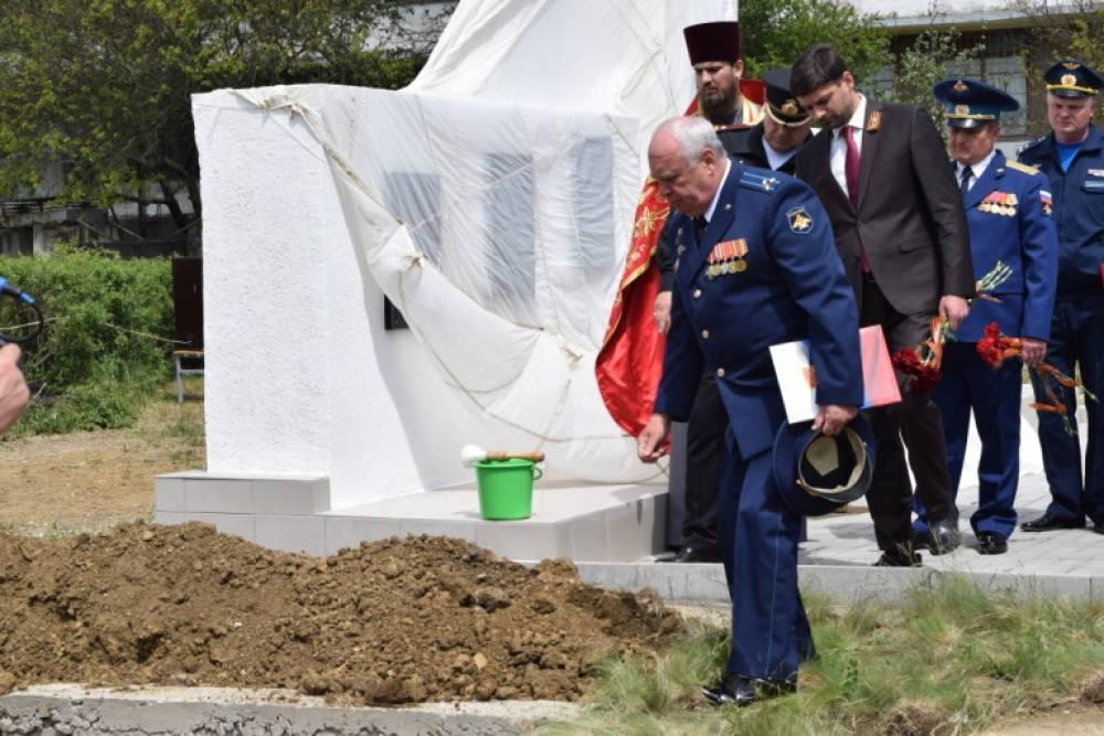 В Приморском прошло перезахоронение останков участников войны