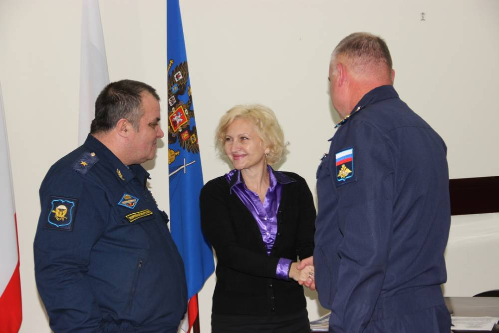 Глава Феодосии встретилась с десантниками