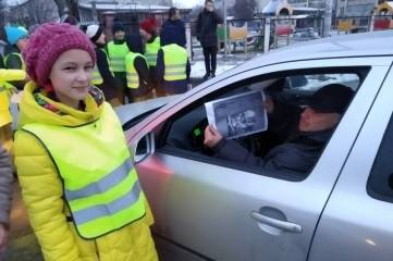 Дорожные полицейские Советского района провели акцию «Отличный родитель - водитель»