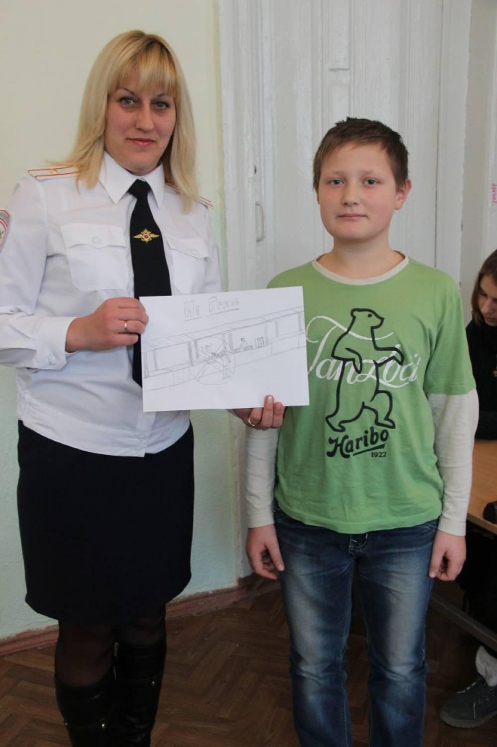 Инспектор по делам несовершеннолетних - это одновременно юрист, педагог и психолог