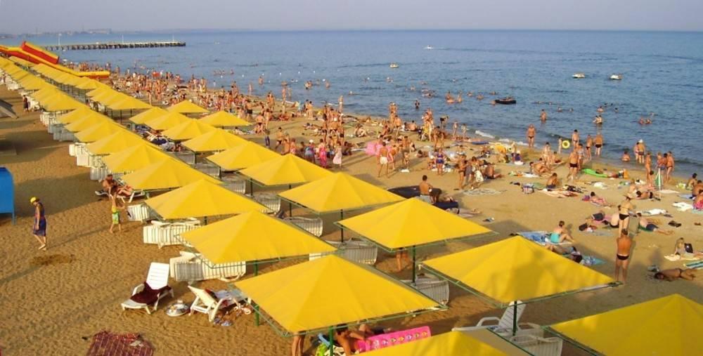 В Феодосии располагается около 60 официальных пляжей