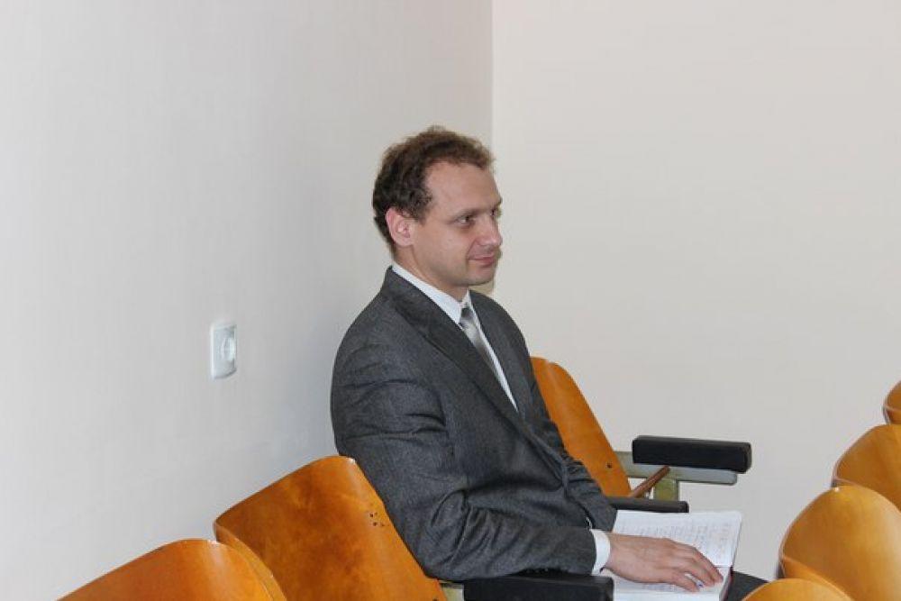 Феодосийский теротдел Госкомрегистра победил в конкурсе