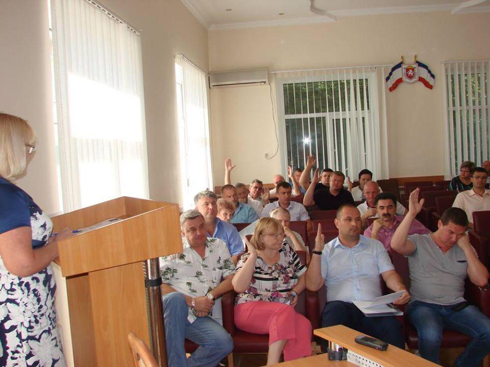 Как депутаты согласовали кандидатуры заместителей Главы администрации Феодосии