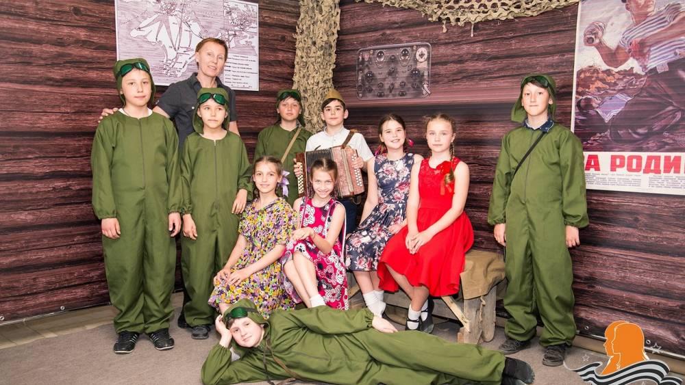 """Феодосийские дети победили на региональном этапе  конкурса """"Мы наследники победы"""""""