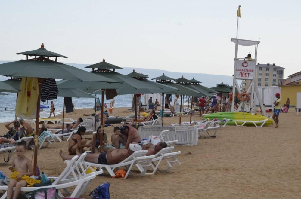 В Феодосии успешно работает практика передачи пляжей по договору благоустройства