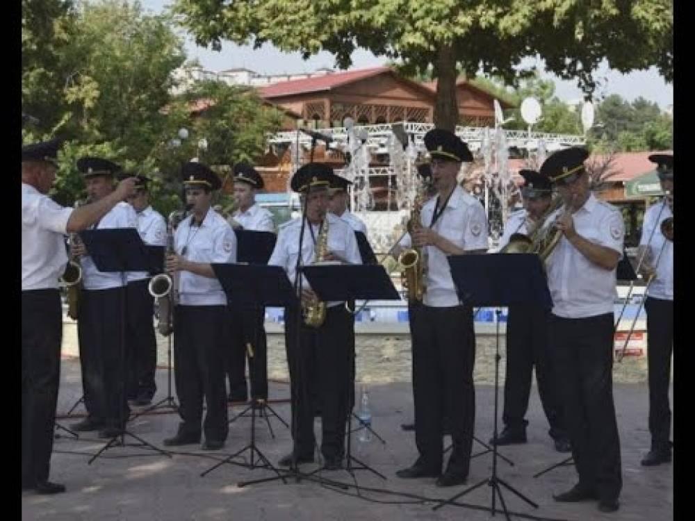 В Феодосии выступил оркестр культурного центра МВД по Республике Крым