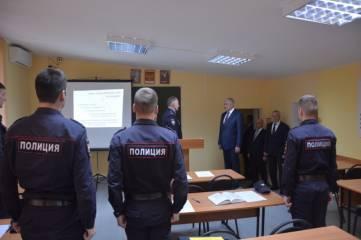 В Ставропольском крае Владимир Колокольцев встретился с личным составом ведомственного вуза и сотрудниками райотдела внутренних дел