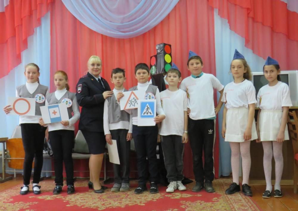 В Ленинском районе юные инспектора движения соревновались в конкурсе «Безопасное колесо»