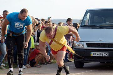 Силовой экстрим в Феодосии «Поднять машину, поезд или даже корабль»