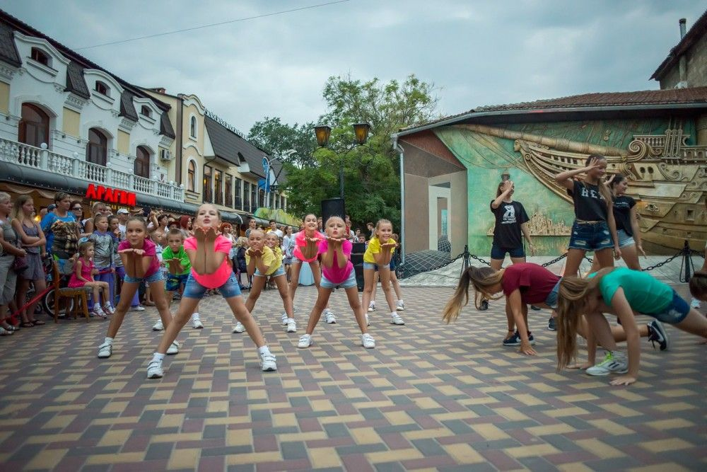 Ежегодный XI фестиваль искусств «Встречи в Зурбагане»