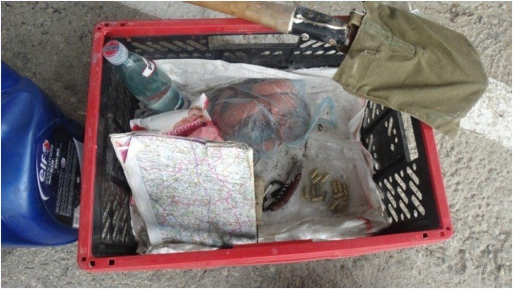 На границе Крыма задержали автомобиль с патронами в багажнике