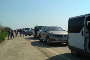 Сотни украинцев Пасху будут встречать на крымской границе