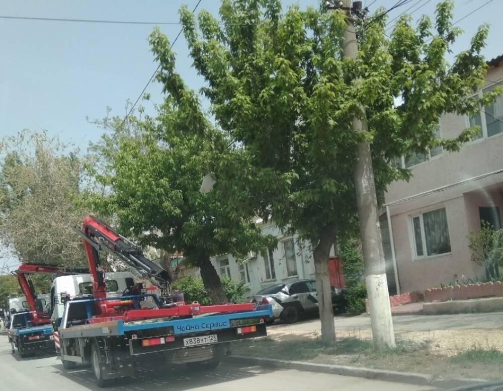 В Феодосии «чайки» активно собирают авто