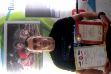 Тренер по регби МБУ СШ№2 отмечен грамотой, значок КМС по регби, феодосийские регбисты