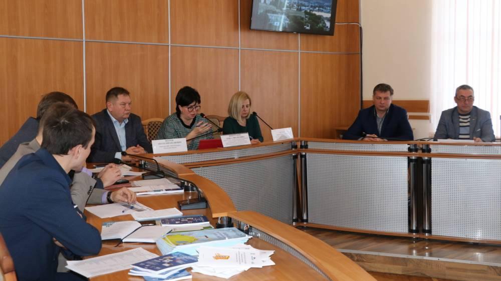 В Феодосии состоялся обучающий семинар в рамках проекта «Школа грамотного потребителя»