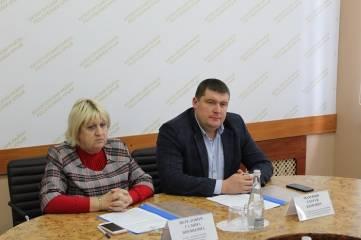 Сергей Махонин и Галина Перелович провели рабочее совещание с руководителями карьеров