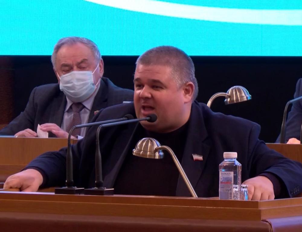 Волков напомнил коммунистам кто в Крыму приватизировал имущество