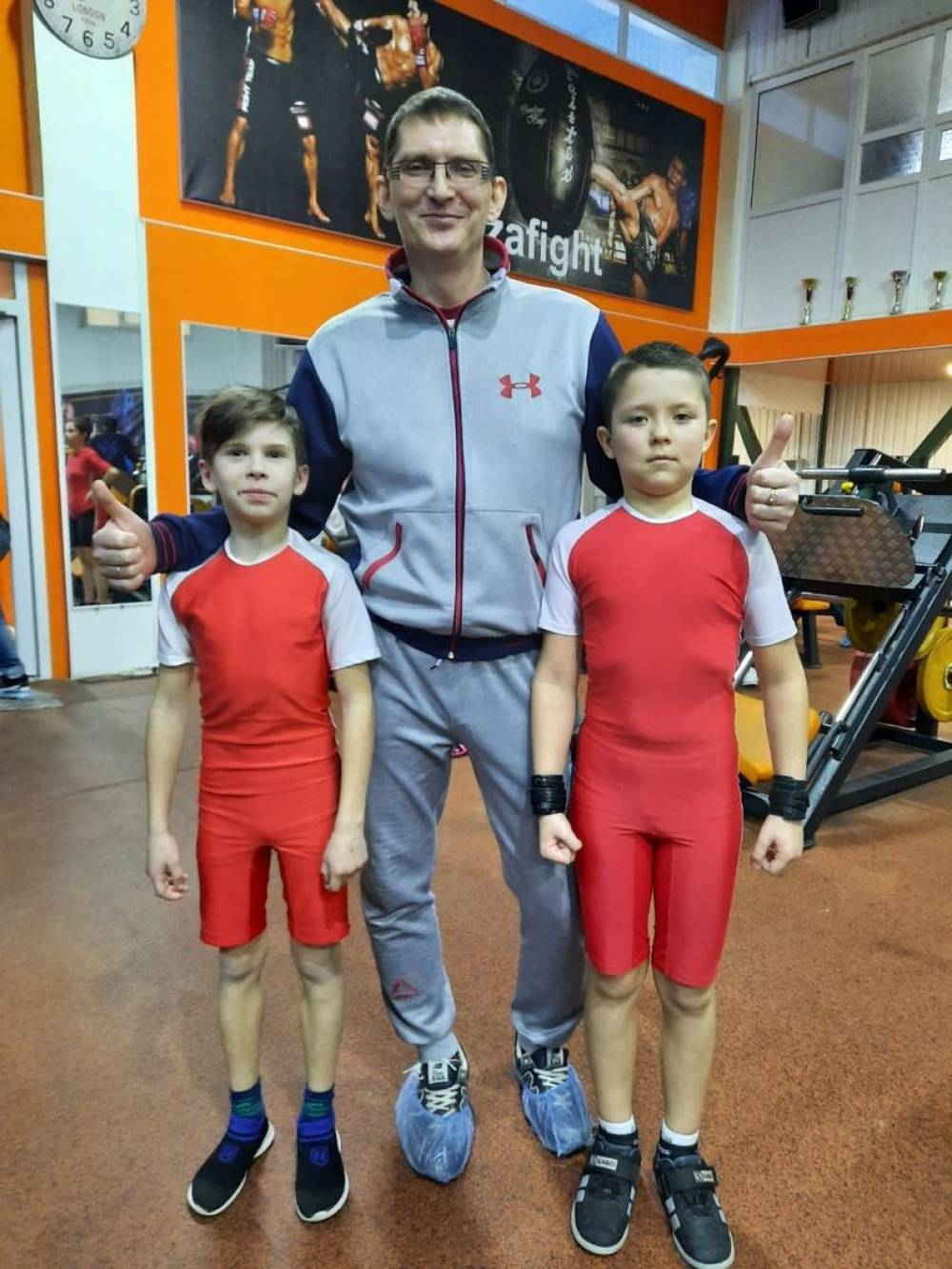 Команда МБУ «СШ№2»  юных Феодосийских тяжелоатлетов успешно выступила на «Первенстве Республики Крым» в г. Симферополь.