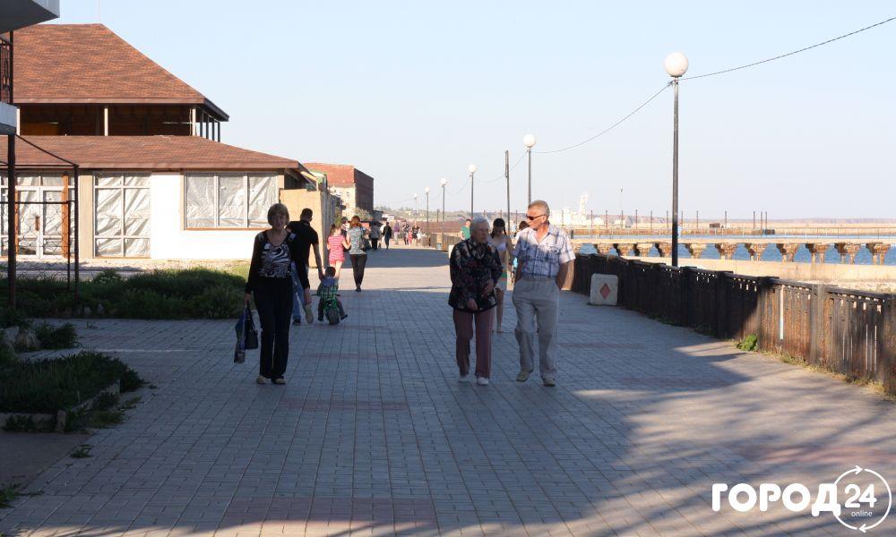 Набережная в пгт Приморский