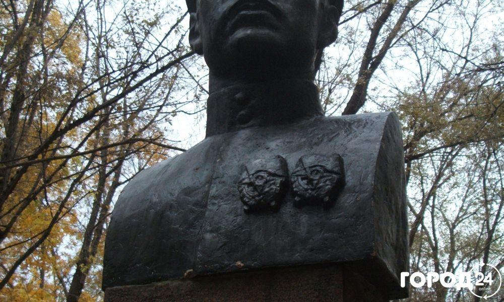 Памятник Ивану Федько