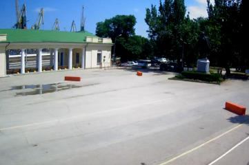 Веб-камеры Феодосии, Привокзальная площадь 2