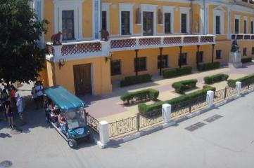 Веб-камеры Феодосии, Памятник Айвазовскому